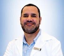 الدكتور حسين